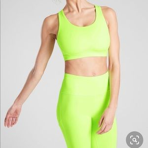 Fabletics neon workoutfit
